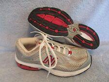 Womens Shoes NEW BALANCE 560 Size 6 B WALK RUN EXC