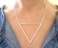 Collier ras de cou gros triangle en argent 925/1000e C025