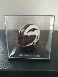 Helmet-Casco MotoGP Altaya 1/5. Ángel Nieto 1984. AGV.