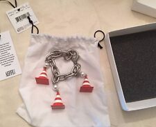 SS16 MOSCHINO COUTURE X JEREMY SCOTT Traffic Cone Charms Bracelet Construction
