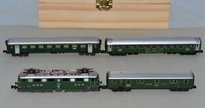 N Scale Trix 2936 SBB CFF FFS Ae 6/6 E. Loco w/ Trix & Arnold Passenger Cars