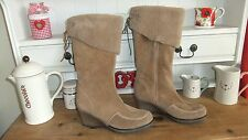Gorgeous fur lined tan suede leather knee boots size 7 UK 40 EU SUPER!