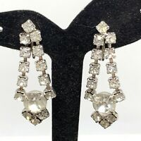 VINTAGE RHINESTONE SCREW BACK DANGLE EARRINGS CRYSTAL CLEAR STONES SILVER A8