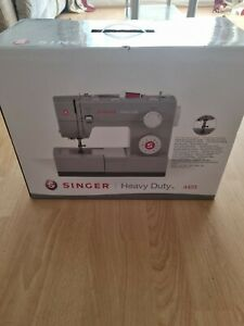 Singer 4423 Heavy Duty Sewing Machine with 2 Year Warranty brand new sealed **