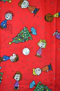 """Cotton fabric 44"""" x 41"""", Peanuts Christmas Tree Toss print in red"""