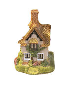 Lilliput Lane Cottage  Game Keepers Cottage