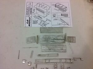 Custom 1/64 All Metal 22 Foot Grain Box And Tri-axle Frame By C&D Models