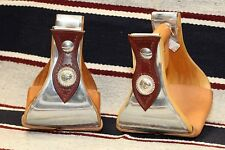 Staffe Buckaroo panca larga per sella western cuoio e argenti incise a mano