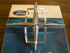 NOS 1971 Lincoln Town Car Header Panel Ornament Emblem Star