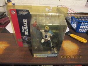 McFarlane NFL Tennessee Titans #9 Steve McNair Series 8 Quarterback Chase Figure