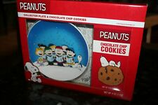 New ListingPeanuts Charlie Brown Singing Snoopy Christmas Santa Collector Plate set New