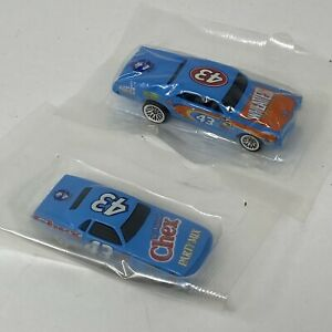 Hot Wheels Chex Party Mix 70 Plymouth Barracuda + Wheaties 67 Pontiac GTO SEALED