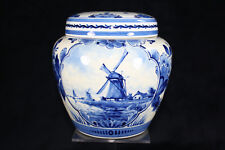 Royal Delft Dutch delftware ginger jar with lid in Delft blue (1941)