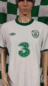 Republic of Ireland 2010-2012 Away Umbro Football Jersey Shirt (Adult Large)