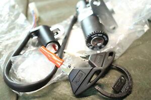 PA12.1) Aprilia MX 125 Super Motard (ZD4TZ) Schloss Satz AP8104717 Lock Set