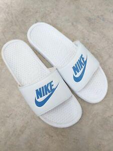 Mens Nike Benassi Sliders Size 10  White Flip Flops Beach Pool Sandals