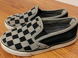 Old Navy Toddler Boys Size 9 Slip On Sneakers Woven Checkerboard Gray Black