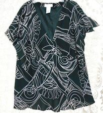 Dress-U-11 Black White  Size 3X V Neck  Lined Empire Bodice Blouse Short Sleeves
