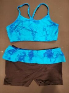 Kids Girls Dance 2 piece outfit ~ Crop bra top and shorts ~ child small ~~ EUC!
