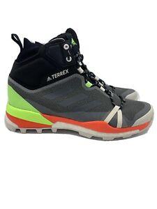 Adidas Terrex LT Mid Black Green Red Goretex Hiking Walking Boots UK 8.5