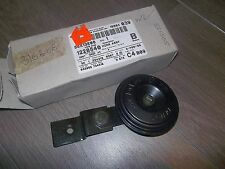 Ford Focus C-MAX UAV New Genuine Ford horn with box