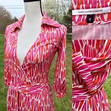 """Diane von Furstenberg DVF """"Jessica"""" Abstract Print Silk Belted Wrap Dress Size 6"""