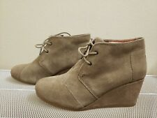 Toms DESERT Women's Taupe Suede Lace-up Ankle Wedge BOOTIES Size 9