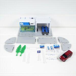 REPAIR GARAGE - TOMY TOMICA HYPERCITY PLAYSET + CAR