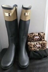 Hunter  2-Tone Tan/Black Rain Boots Women's Size 8