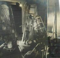 Grande photo argentique surréaliste mannequin nu décor théatre années 60 curiosa