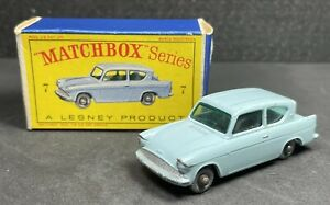 ORIGINAL LESNEY MATCHBOX SERIES NO. 7B FORD ANGLIA W/ GREY WHEELS! D1 BOX. 1962