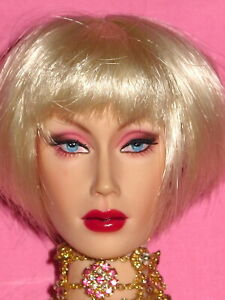 "SuperFrock SuperDoll Sybarites - V3 Venus D'Royce 16"" Resin BJD Fashion Doll"