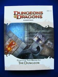 Dungeon Tiles Master Set - The Dungeon - Dungeons & Dragons Essentials - VG+