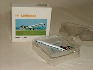 HERPA WINGS VINTAGE PASSENGER AIRCRAFT BOXED 1:500 BOEING 727-200 LUFTHANSA