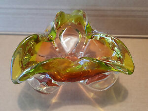 murano vase/ash tray in yellow/red