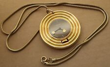 Large pendant Sicura watch, 17 jewels, with chain, good condition, paddle hands.