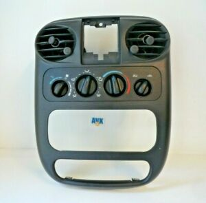 Blende Schalterleiste Luftdüsen Mittelkonsole Chrysler PT Cruiser 2004 >