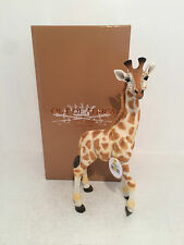 Out of Africa by Standing Giraffe Figurine Ornament Beautiful *BRAND NEW IN BOX*