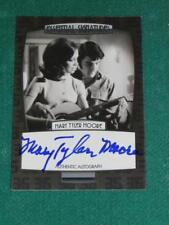 ELVIS Essential MARY TYLER MOORE - 2012 Press Pass Essential Signature AUTOGRAPH