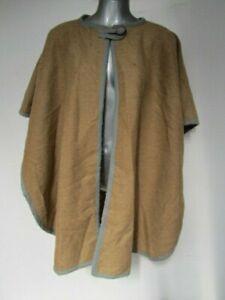 Womens Vintage Camel Beige Brown Grey Trim One Size Top Button Blanket Cape