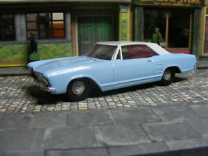 Dinky 57/001 Buick Riviera Hong Kong  first issued 1965