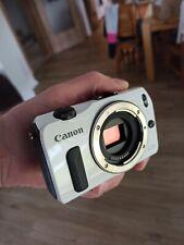 Canon EOS M Digitalkamera Body 18 MP weiß guter Zustand