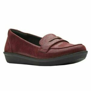 Cloudsteppers by Clarks Women Penny Loafers Ayla Form