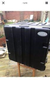 SKB 10U rack case