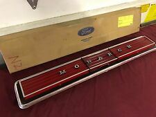 NOS 77 78 79 80 MERCURY MONARCH TAIL PANEL TRIM WITH REFLECTOR D84Y-66423A42-AA