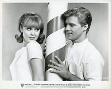 DEBBIE WATSON CUTE BUSTY GIL PETERSON THE COOL ONES 1967 WARNER BROTHERS PHOTO