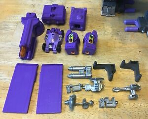 Transformers G1 Trypticon near complete