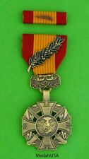 Vietnam Gallantry Cross with palm Medal & Ribbon - Anh-Dung Boi-Tinh - full size