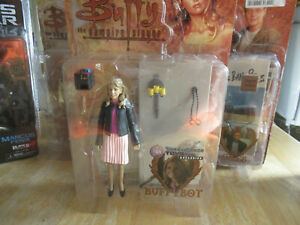 Buffy the Vampire Slayer Action Figure Buffybot Time & Space Exclusive