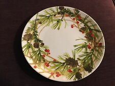Hallmark Christmas Wreath Plate With Holly Berries Pine Cone & Greenery,EUC